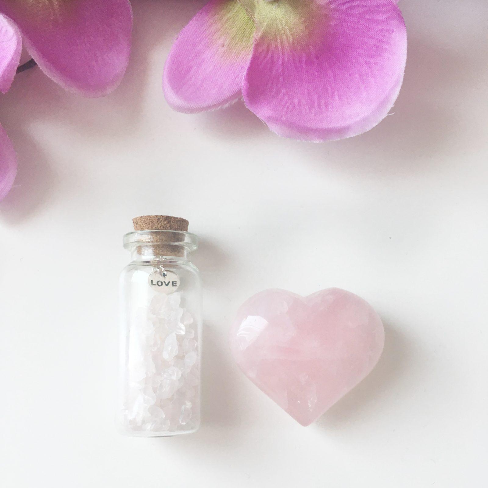 Liefde (zelf) amulet flesje - Rozenkwarts